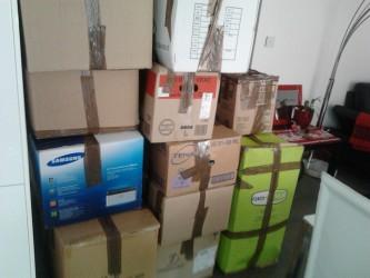 12 cartons de matériels