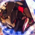 Sac rempli de chaussures